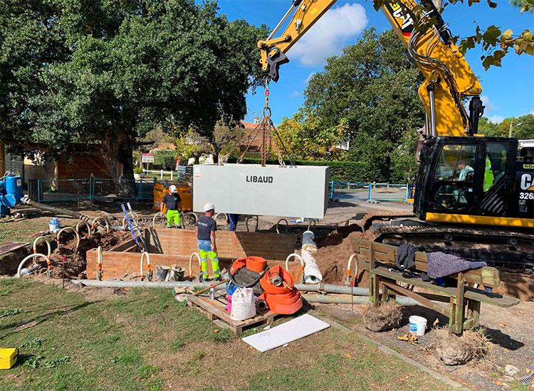 chantier de construction du groupe de pompage pour Arès